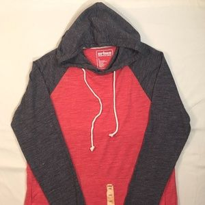 Long Sleeve Hooded T Shirt Size L
